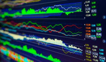 U.S. stocks climb against trade worries