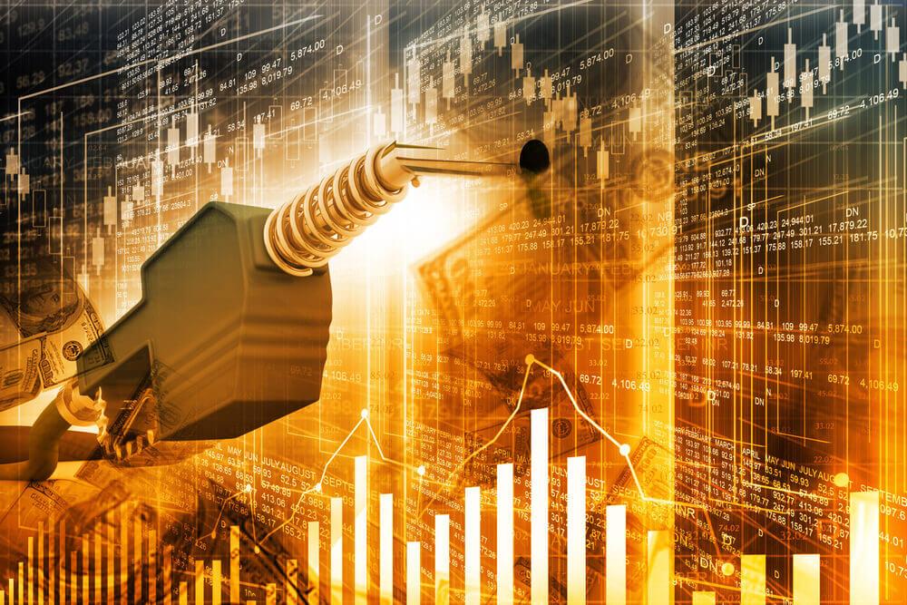 WTI Oil stocks cut losses in North American Trade
