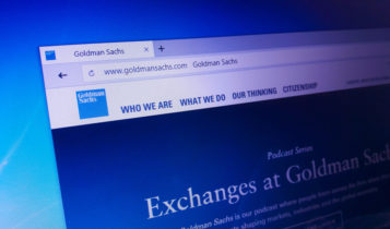 Goldman urges clients to buy commodities
