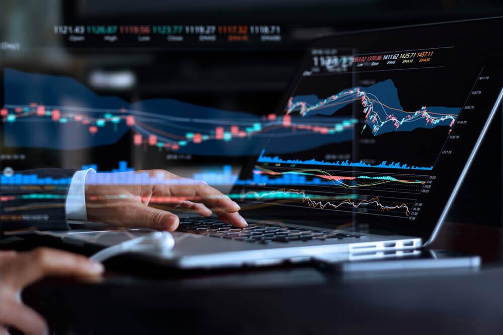 Stocks on Technology, Industrials Power NASDAQ, S&P Higher
