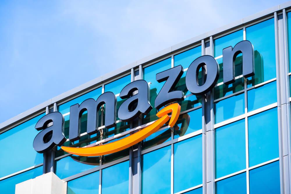 FinanceBrokerage - Amazon Considers Site on UK Insurance Comparison, Sources Say