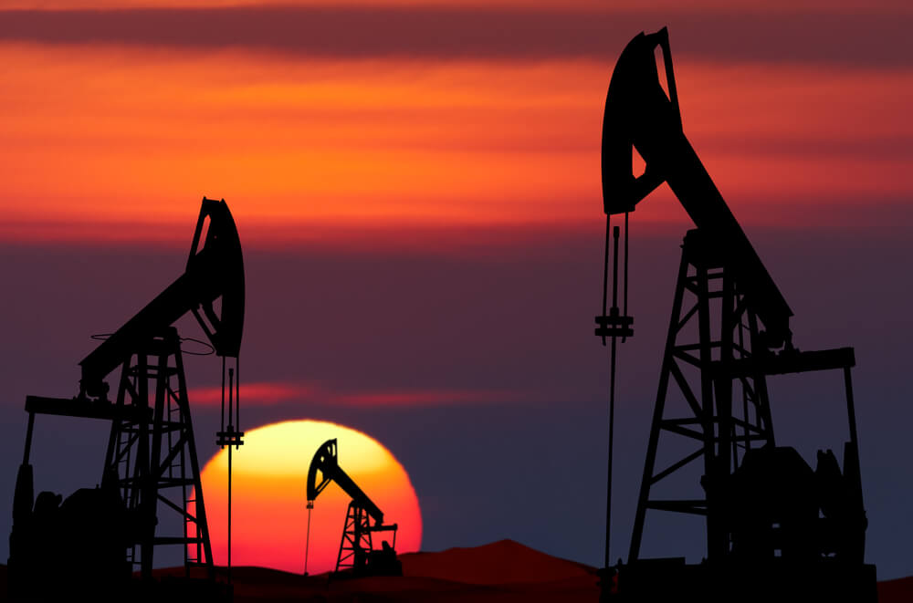 FinanceBrokerage - Commodity Data Oil Prices Surge Ahead US Sanctions to Iran