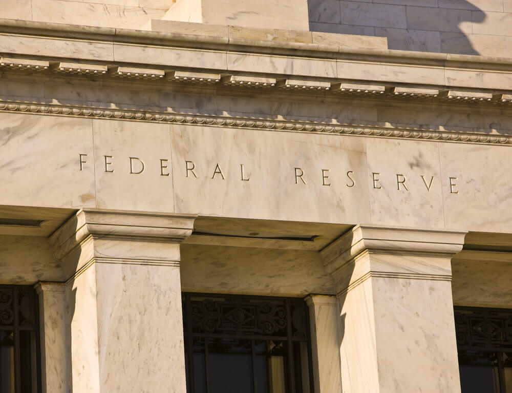 FinanceBrokerage – Federal Reserve Bank: The greenback was in a narrow range in trading against its major peers on Thursday.