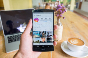 FinanceBrokerage – Techinfo: Instagram expressed apology after a bug attack that inflicted a sudden change in its feed.