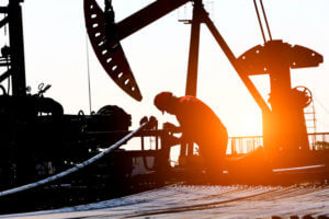 FinanceBrokerage - Commodity Index: On Monday, oil prices dropped on the increase of US rig count.