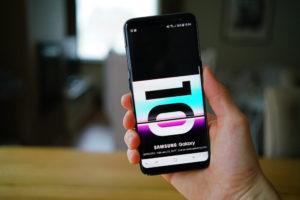 "FinanceBrokerage - Cryptotech: Samsung Galaxy S10 adds a new feature called ""Samsung Blockchain KeyStore."""