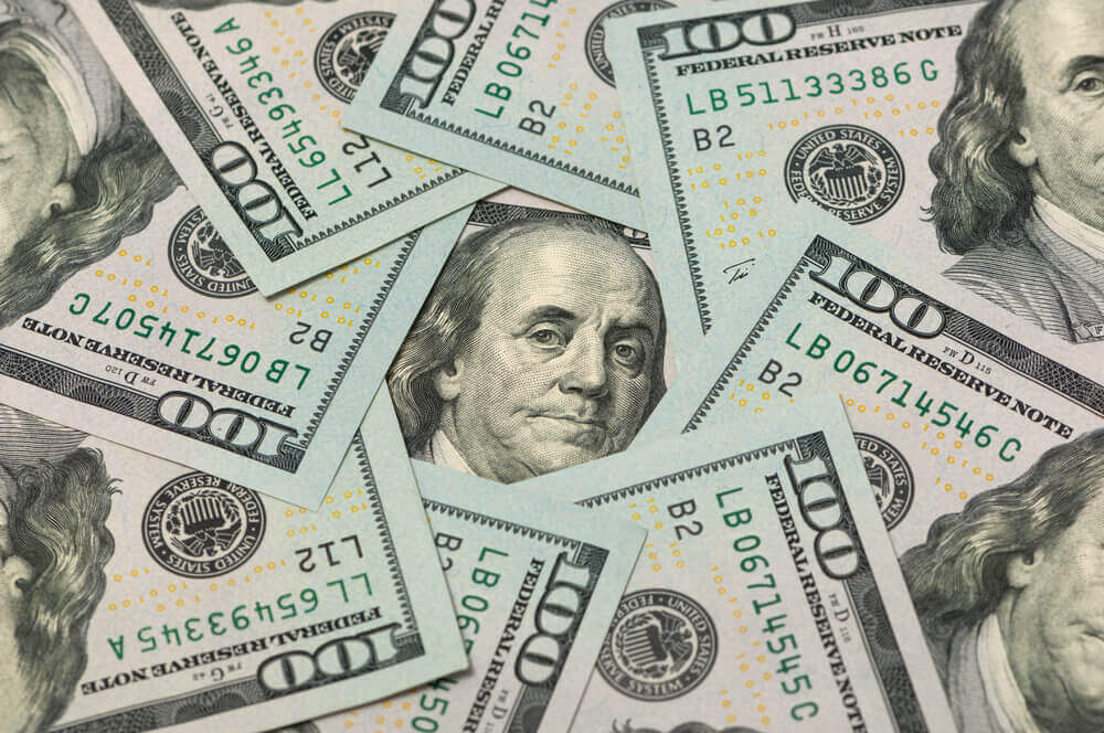 FinanceBrokerage - FX Currency: The greenback extended losses as it slipped into three-week lows on Thursday.