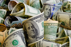 FinanceBrokerage - Forex Day Trading: The greenback declined but ended the year with the strongest performance since 2015