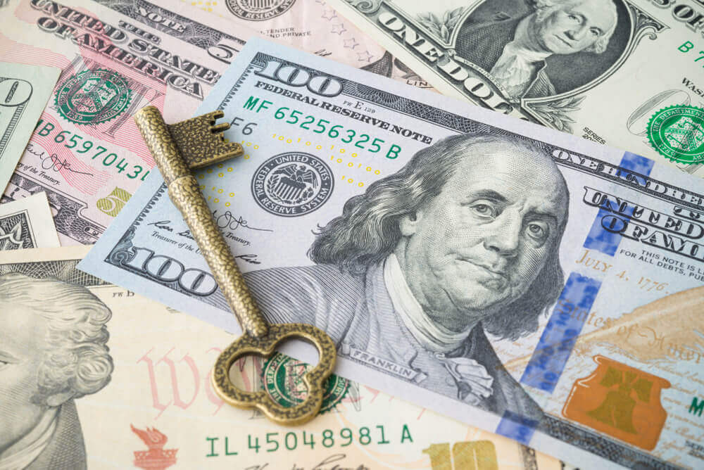 FinanceBrokerage - Forex Rate: The US dollar dropped 0.1% following the release of Fed's minutes of the December meeting.