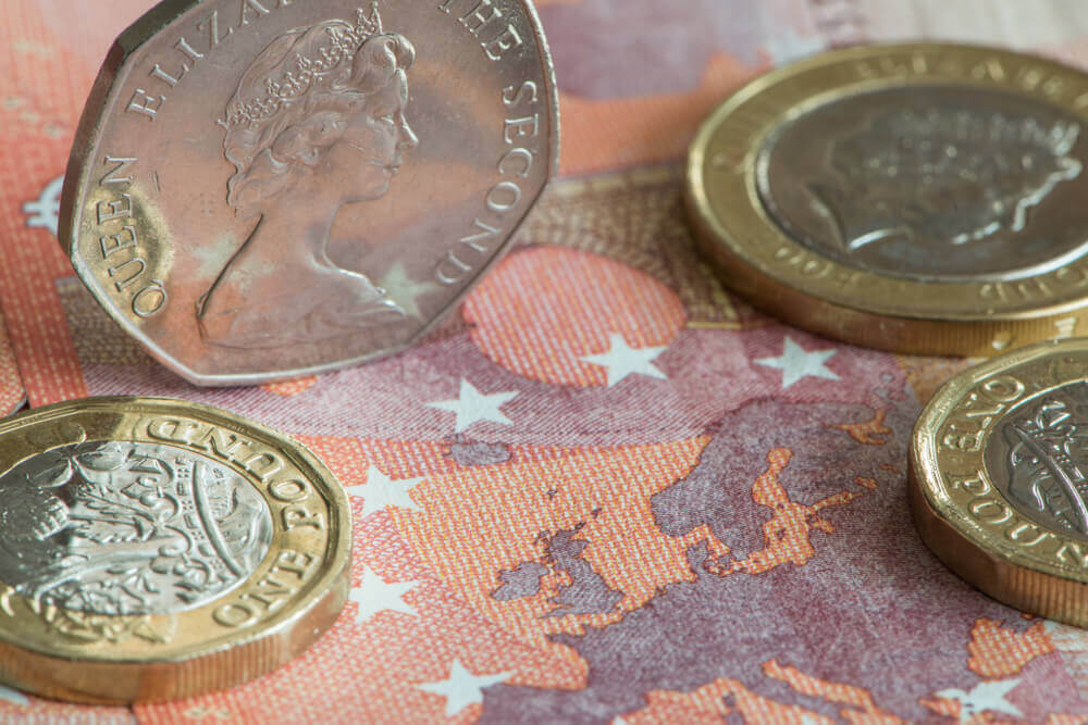 FinanceBrokerage – The British pound inched up in Asia ahead of the highly anticipated Brexit vote.