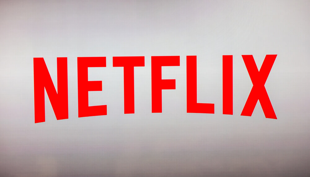 FinanceBrokerage - Smart Tech Netflix below Wall Street Forecast