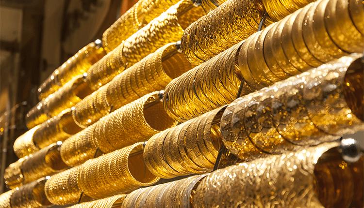 Golds Smuggled in India Declines - Finance Brokerage
