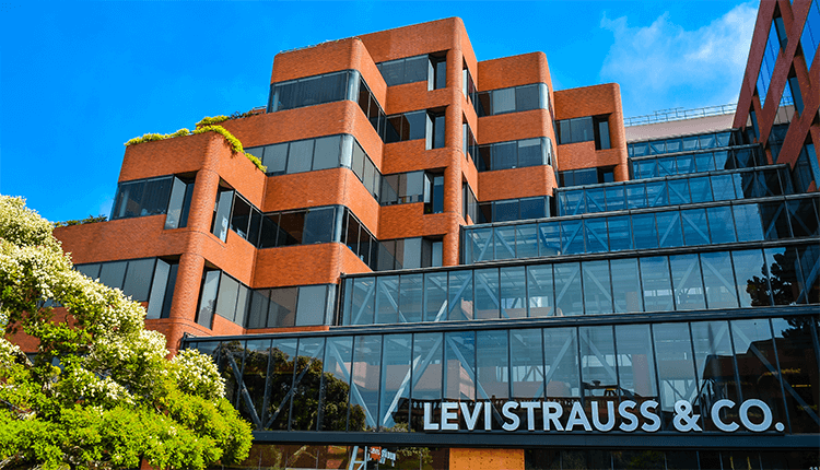 Levi Strauss AnnouncedEarnings For The First Time
