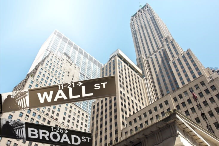 Wall Street accelerates the fall, and the Dow Jones loses 1.99%