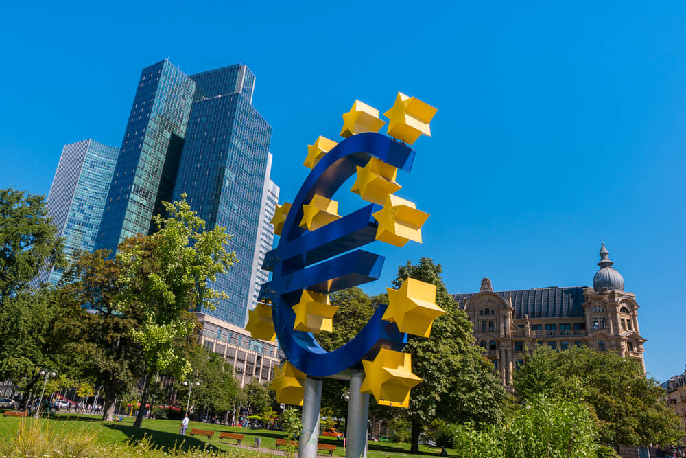 FinanceBrokerage – European Central Bank: Investors predominantly focus on the global central bank and political developments in the U.S and Europe.