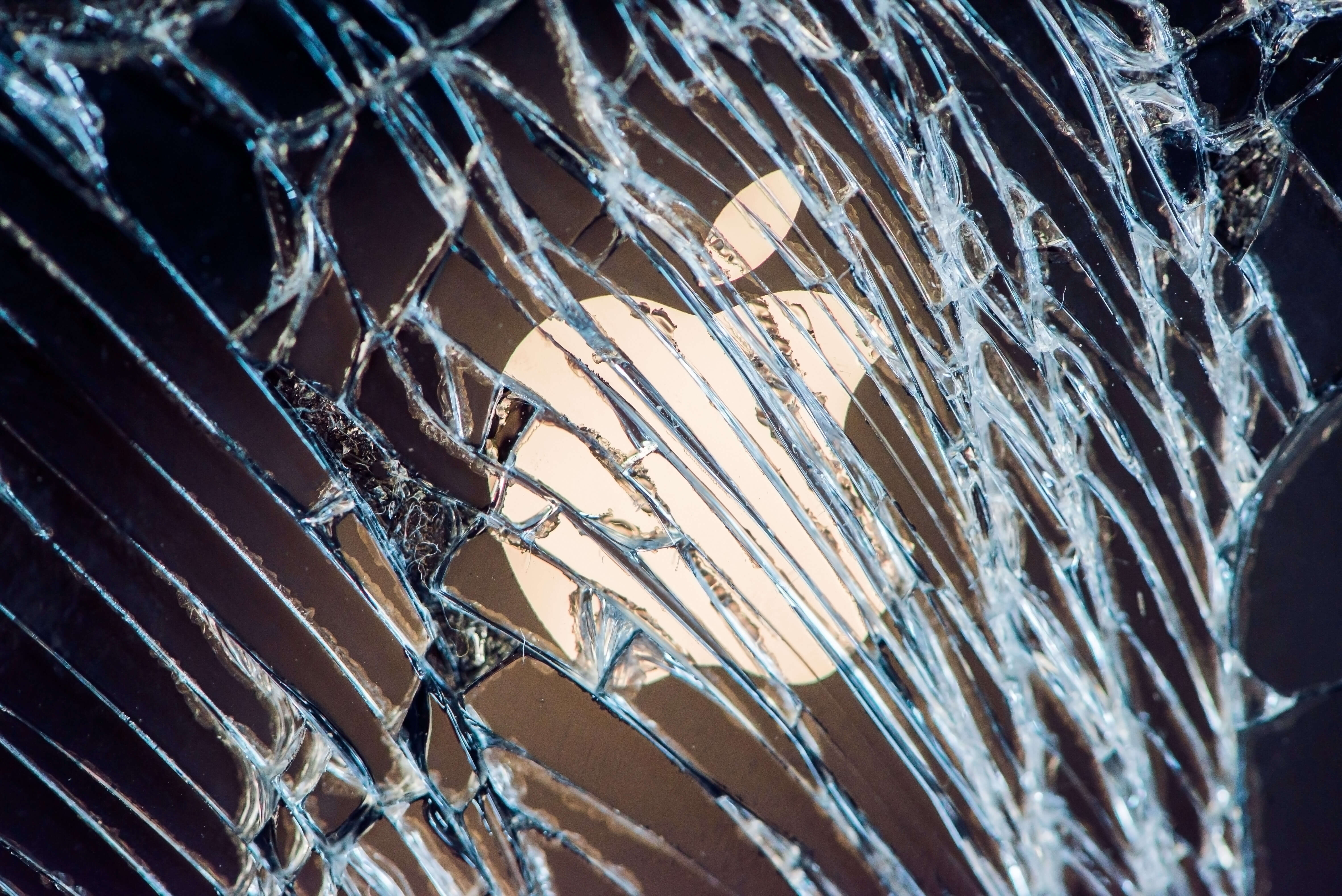 Apple: Verification of third-party iPhone repair stores