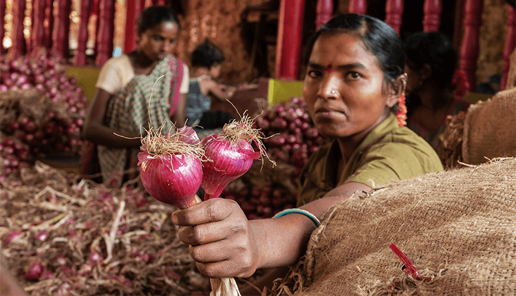 The Centre Imposing Stock Limits on Onions  Finance Brokerage
