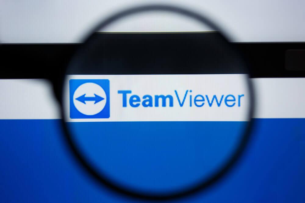 German: TEAM VIEWER logo visible on display screen.