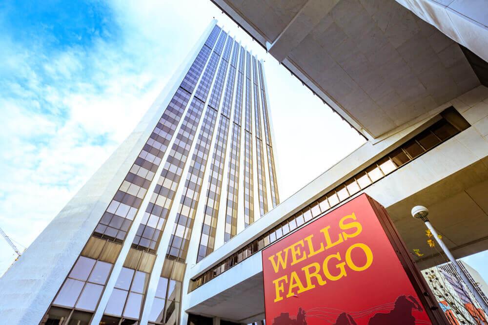 Building of Wells Fargo Center in downtown PortlandBuilding of Wells Fargo Center in downtown Portland