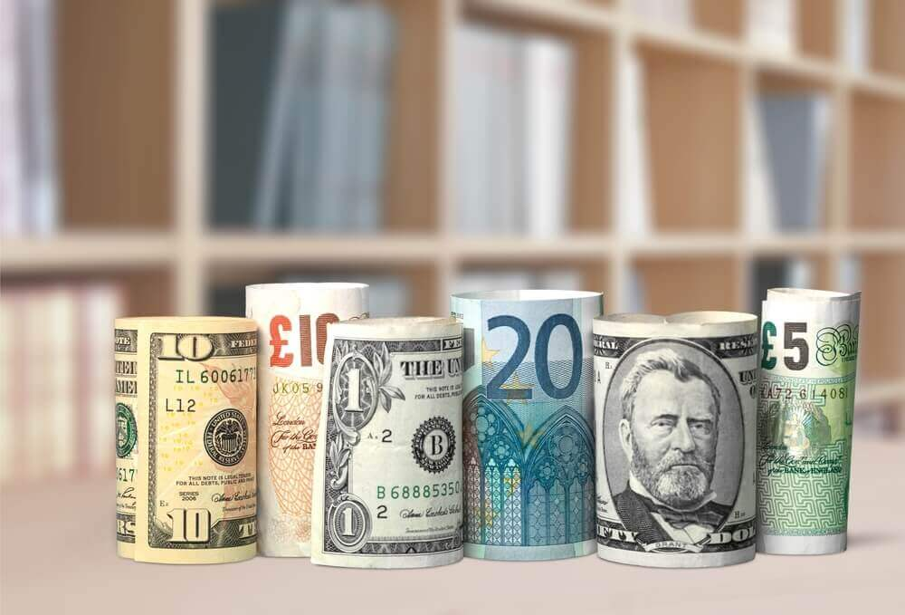 Finance Brokerage: Currency: Many currency from different country.