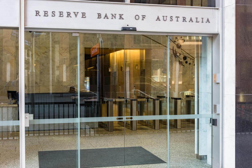 Finance Brokerage – Reserve bank of Australia main entrance.