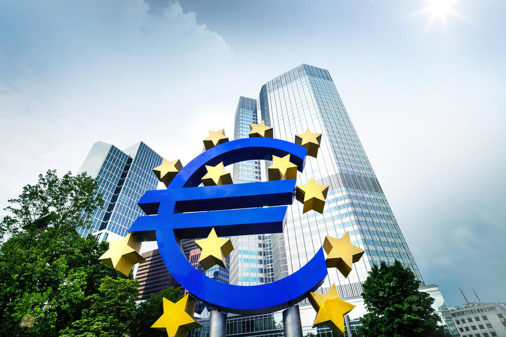 FinanceBrokerage – European Central Bank: Christine Lagarde to start an internal review of ECB's inflation estimate.