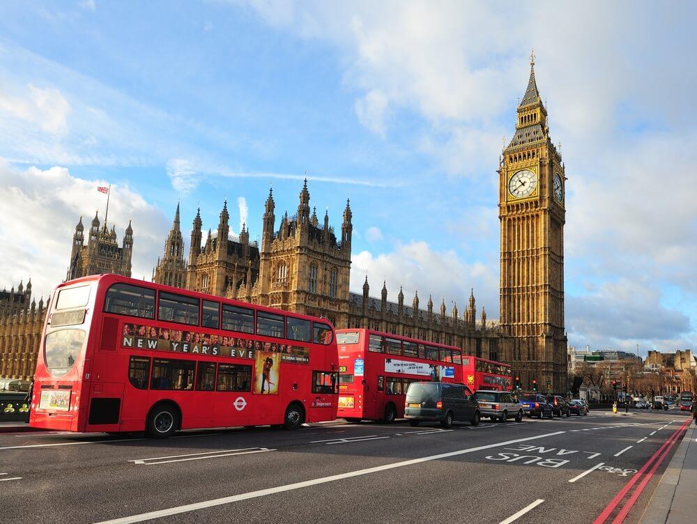 Reino Unido melhora sua economia após relaxar restrições