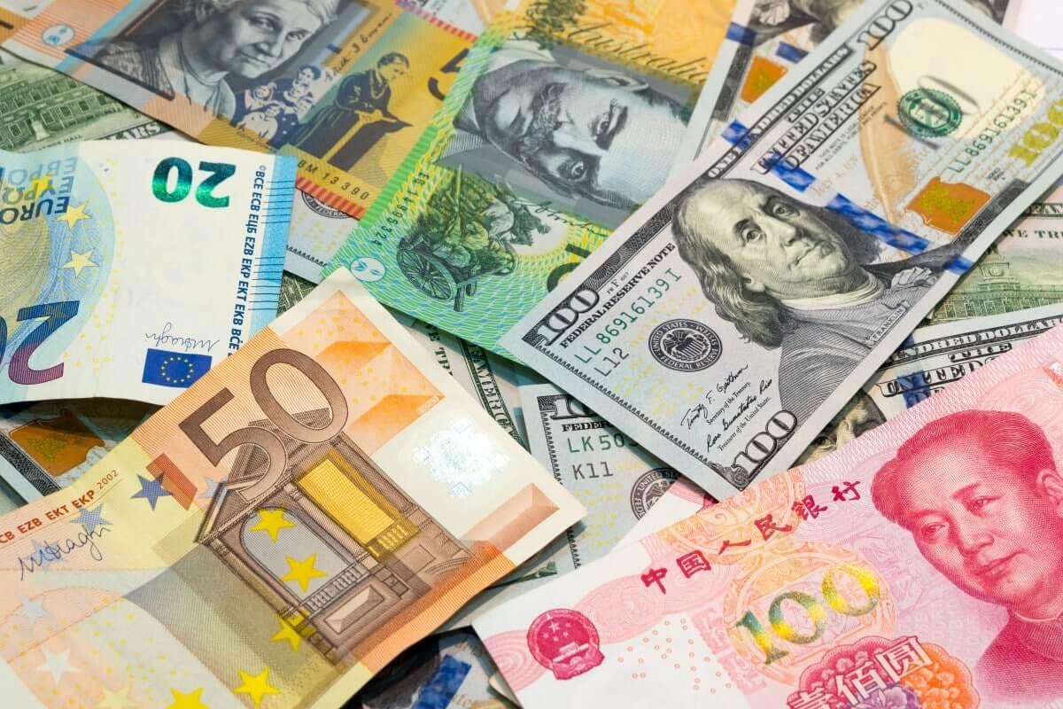 dollar, dinheiro dólar euro yuan