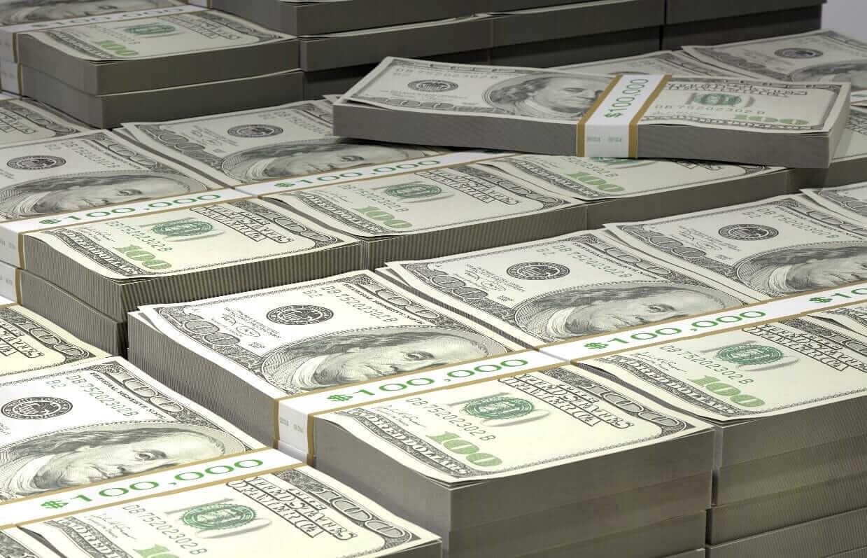 Dólar caiu de uma alta de duas semanas