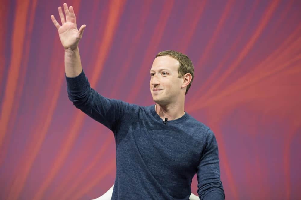 Zuckerberg plans to turn Facebook into a metaverse company