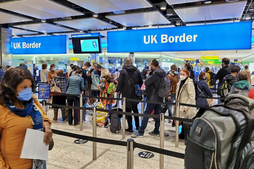 Heathrow Airport asks the UK to accept vaccinated travellers